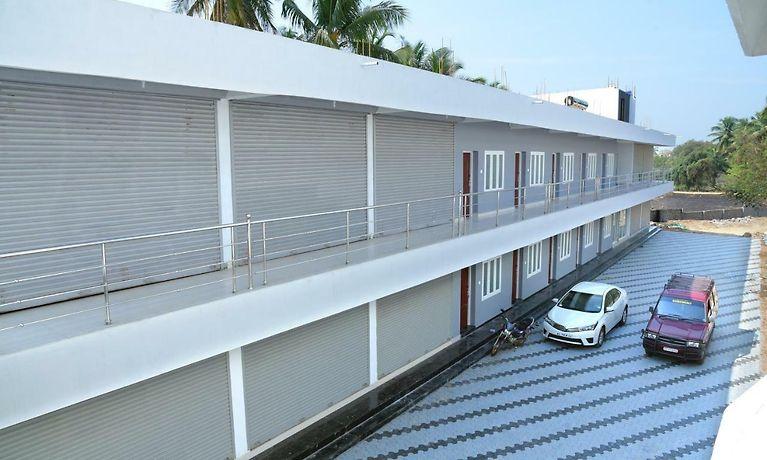 Hotel Sumangali Lodging Arcade Kollengode